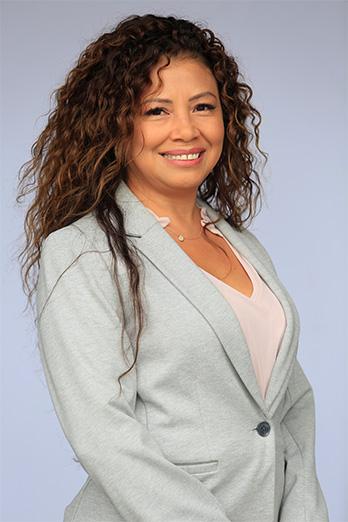 Mayra Oliva